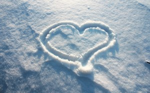 heart-in-snow-wallpaper